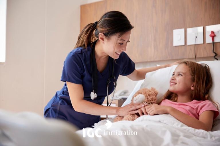 việc làm và cơ hội định cư nghề điều dưỡng tại Canada