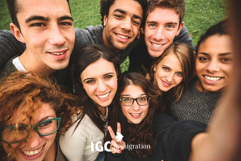 lựa chon du học Canada và Úc