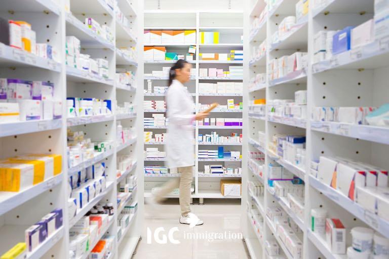 cơ hội việc làm khi du học Canada ngành dược