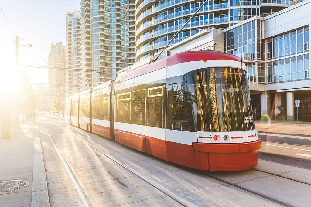 phương tiện di chuyển công cộng ở Canada