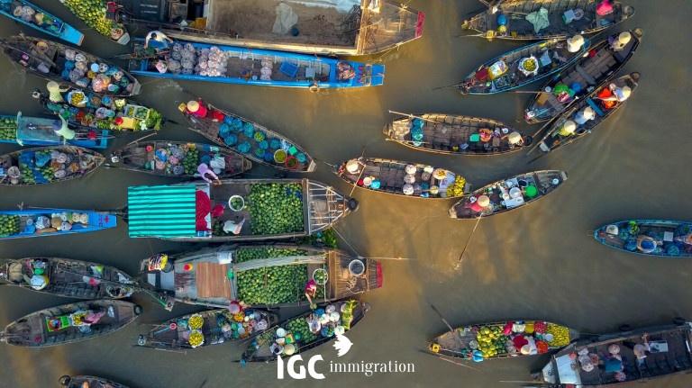 Chợ nổi Việt Nam