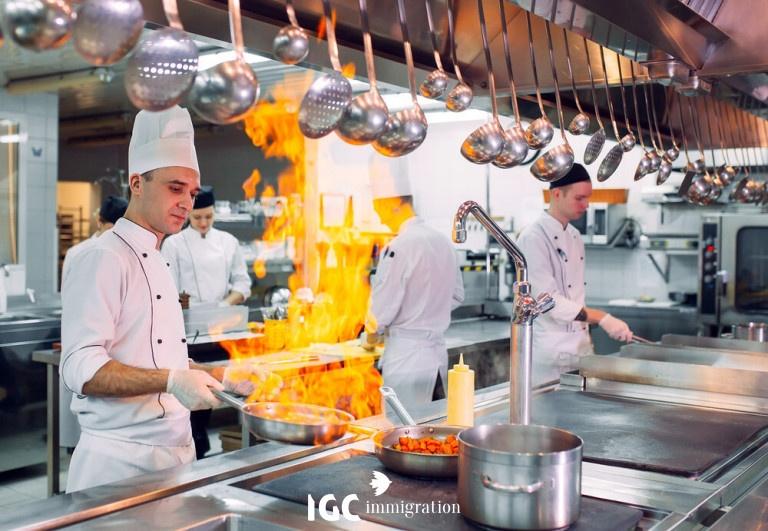 đi định cư Canada bằng nghề nấu ăn nhà hàng