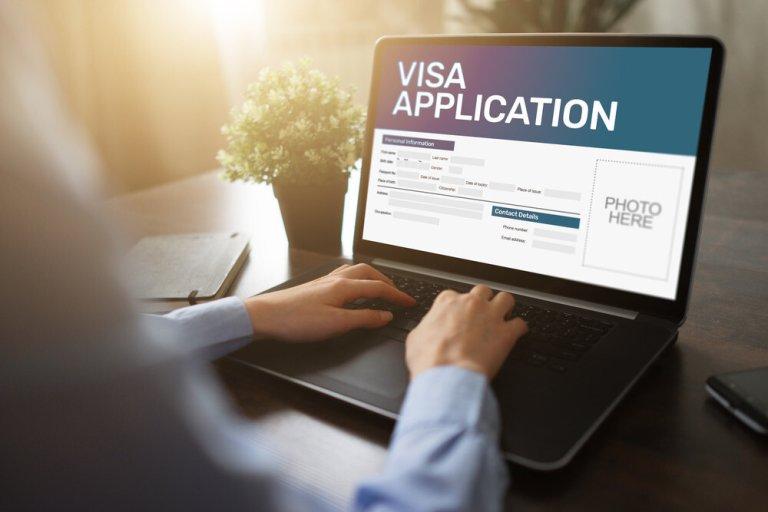 nộp đơn xin thị thực online