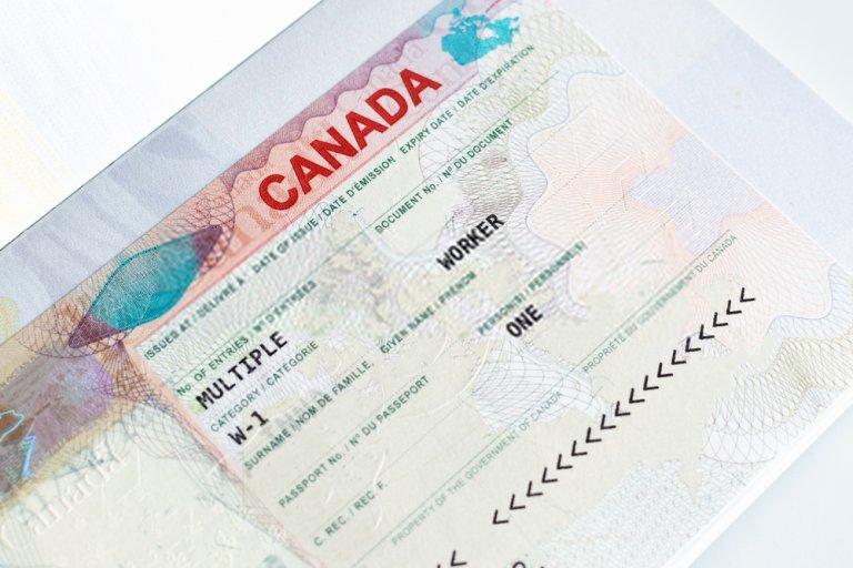 giấy phép làm việc ở Canada